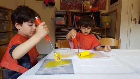 Kindergarteners Get Creative With Monoprinting